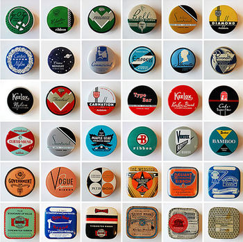 Typewriter_ribbon_tins_01