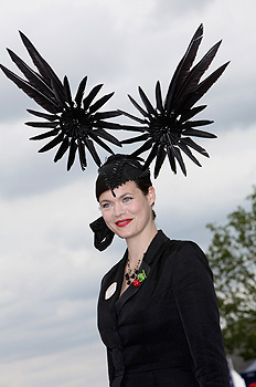 Image-6-for-royal-ascot-2009-ladies-day-gallery-703889494