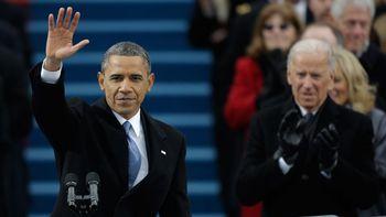 Ap_obama_waving_wmain